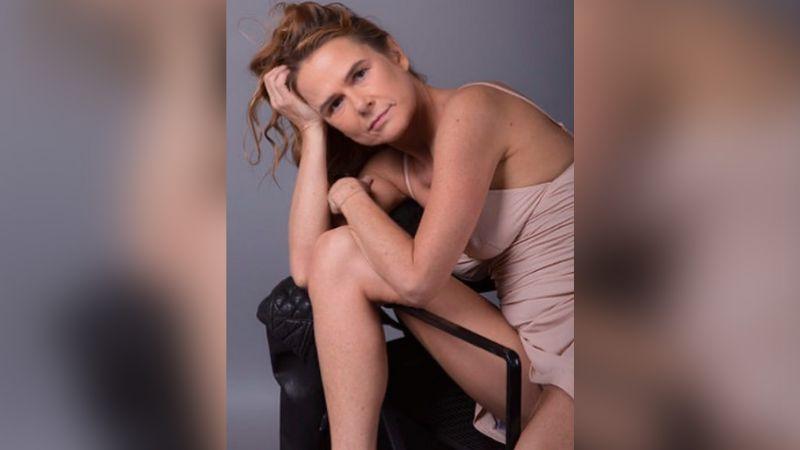 Nailea Norvind, actriz de Televisa, llega a los 50 años y deleita al posar sin sostén