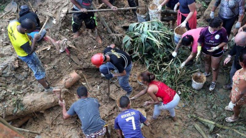 Ya son 39 muertos por las torrenciales lluvias que azotaron en Brasil