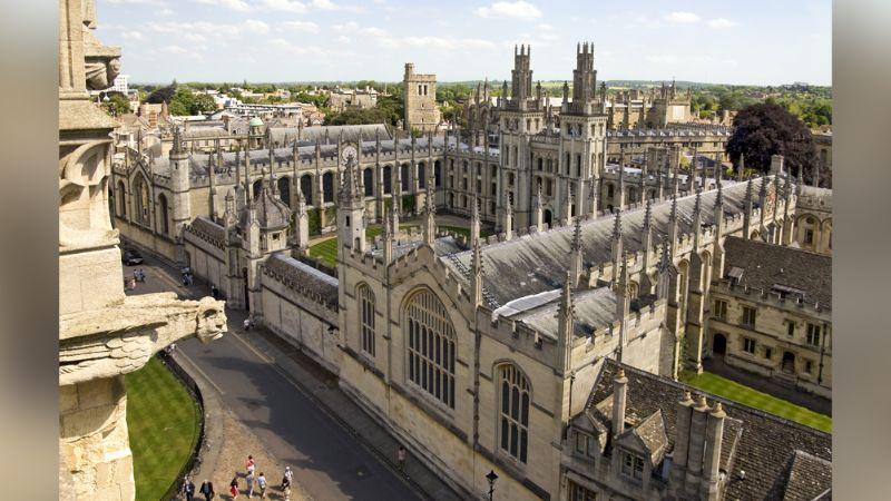 Coronavirus en Oxford: Se registra el primer alumno infectado en la escuela