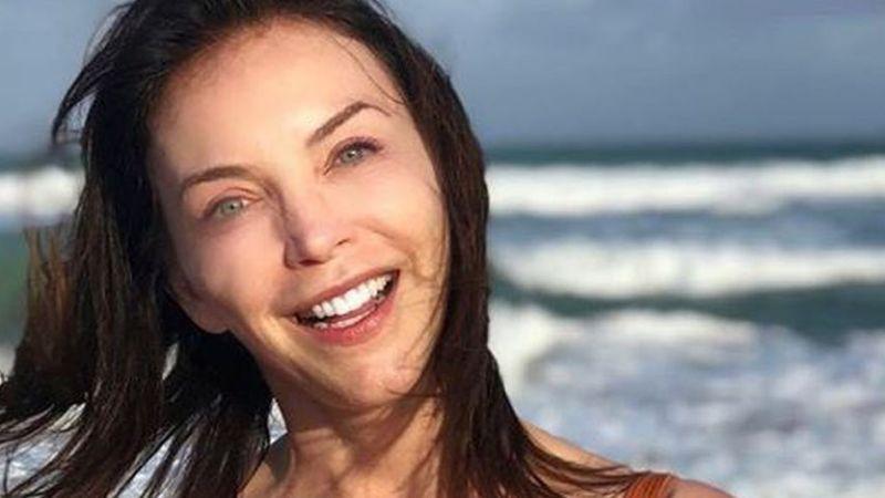 ¿Coronavirus en Televisa? Laura Flores alarma al aparecer con cubrebocas