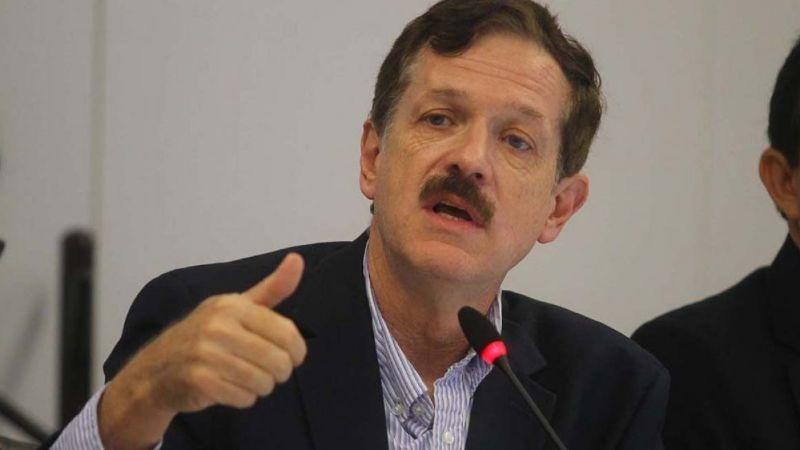 """Carlos Romero Hicks: """"Urge reactivar la economía en la nación mexicana"""""""