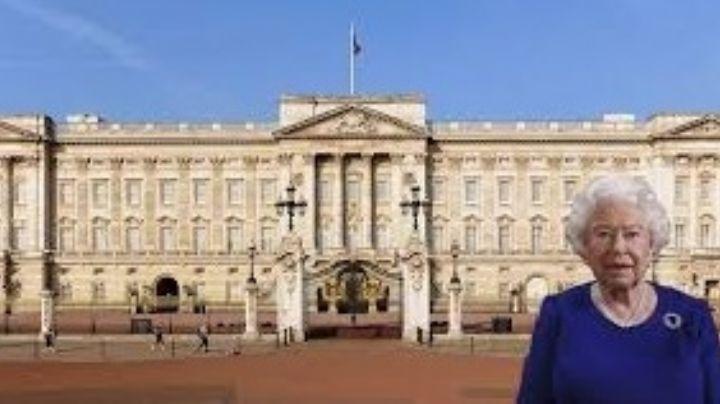 ¡Frente a la Reina Isabel II! Sorprenden a pareja al tener sexo afuera del Palacio de Buckingham