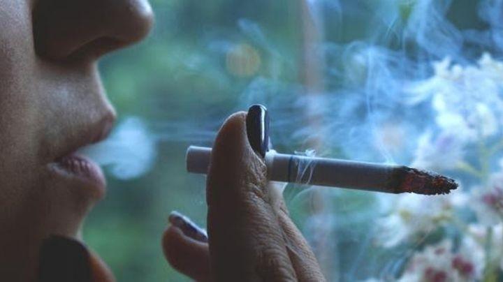 Los fumadores son los menos propensos a padecer de Covid-19, según estudios