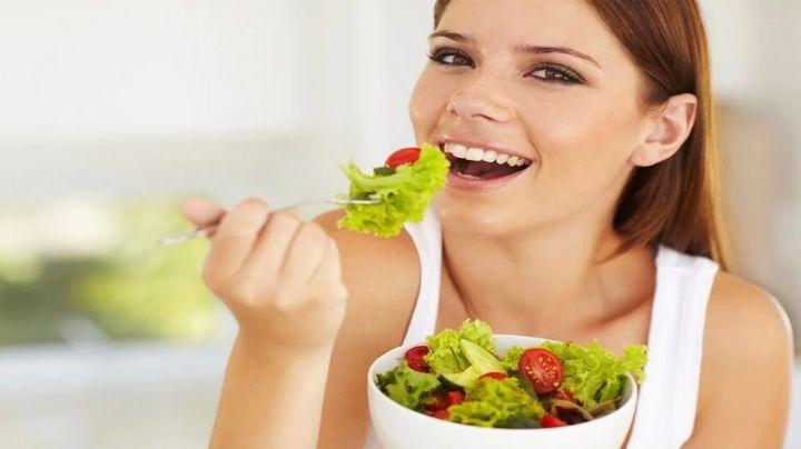 ¿Cuáles alimentos se deben de consumir para mejorar el rendimiento del cerebro?