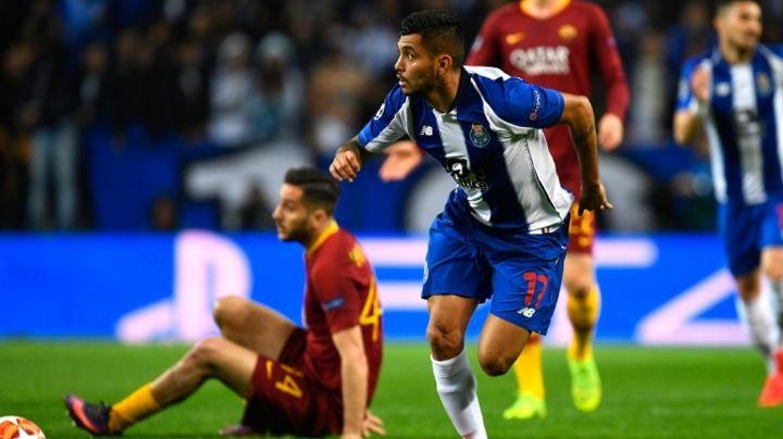 Carlos Salcedo asegura que el 'Tecatito' Corona tiene que jugar en la Serie A