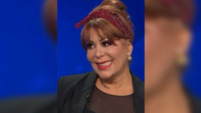 Protestan fans a favor de Alejandra Guzmán; la cantante fue demandada por su hija Frida Sofía