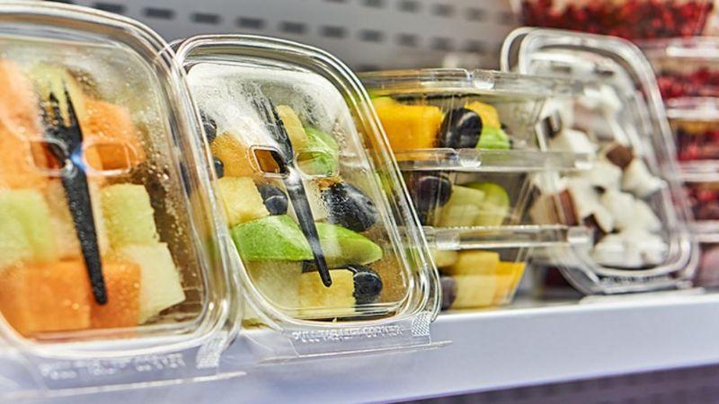 ¡Cuidado! Alimentos con envolturas de plástico podría causar cáncer y diabetes