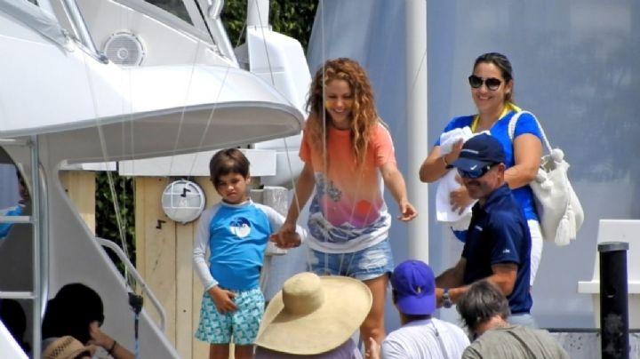¡Esas manos Piqué! Filtran video de Shakira y el jugador del Barcelona paseando en yate