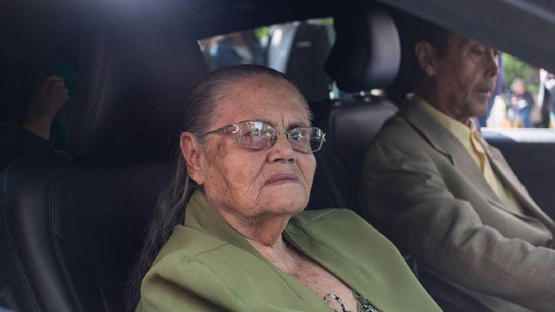 'Chapo' Guzmán se las ingenia para mandar flores a su madre por su cumpleaños