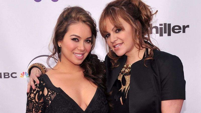 Chiquis queda desamparada: 'Ventaneando' revela que Jenni Rivera la dejó fuera del testamento
