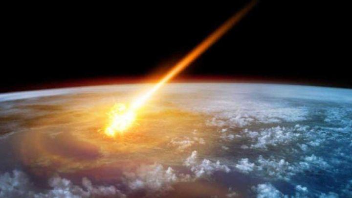 VIDEO: La impresionante explosión de un meteorito antes de chocar con la tierra
