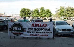 Ciudadanos cajemenses se manifiestan contra el Gobierno de AMLO; exigen su dimisión