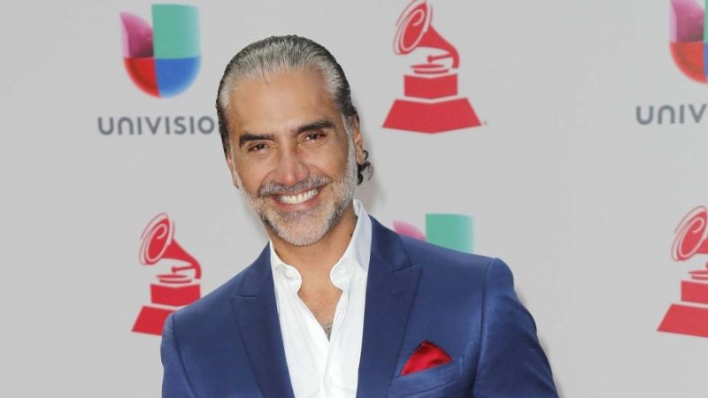 'El Potrillo' presume sus bíceps y 'avergüenza' a Carlos Rivera y Sebastián Yatra en Instagram