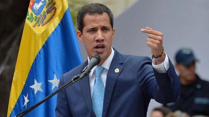 Asesor de Guaidó admite haber firmado y pagado por un ataque en Venezuela
