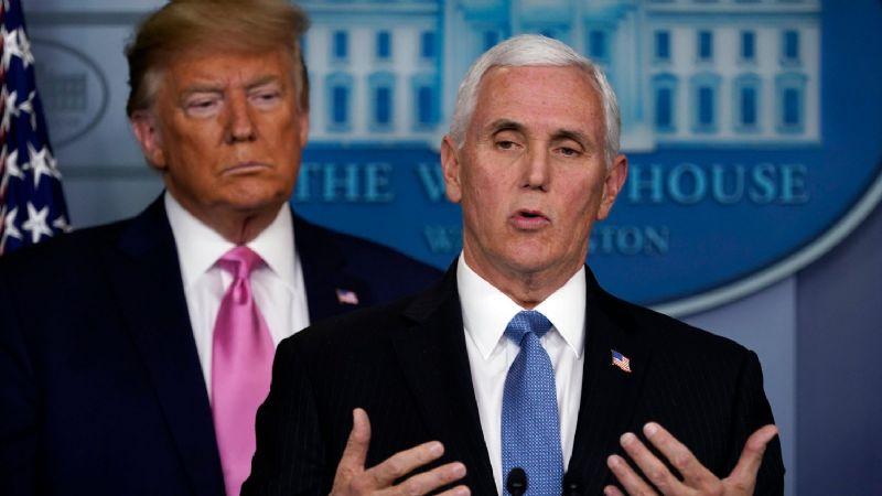 Trump critica a Pence por negarse a rechazar la certificación de Biden como presidente electo