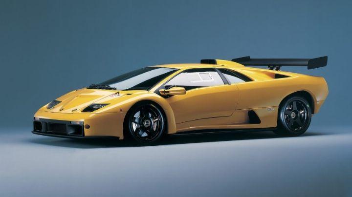 Paddy McGuinness, presentador de 'Top Gear', estrella lujoso Lamborghini Diablo