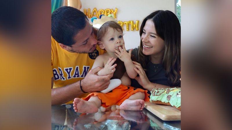 La tierna reacción del hijo de 'El Chicharito' al ver su sorpresa de cumpleaños