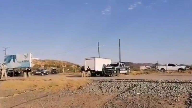 Caborca: Encuentran los restos de cuatro hombres en camión abandonado