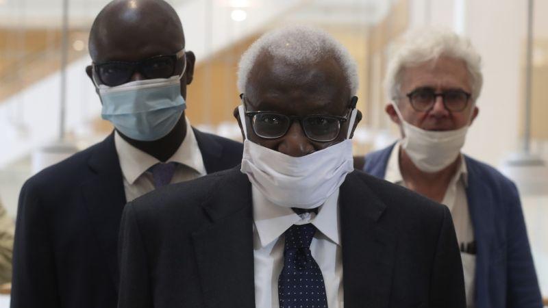 Arranca sonado juicio sobre corrupción en atletismo en París