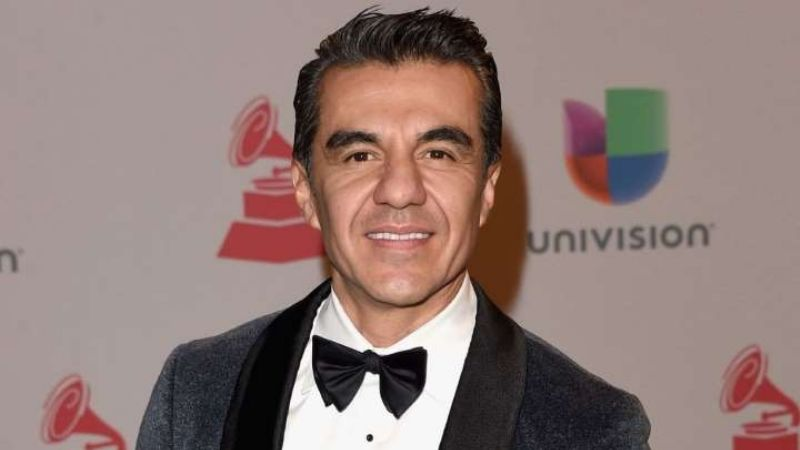 ¿Se va a TV Azteca? Tras estar a punto de morir, Adrián Uribe hace fuerte confesión en 'Hoy'