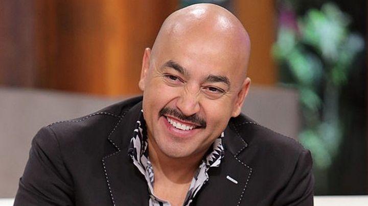 Tras polémica familiar, sale a la luz supuesto regalo millonario de Lupillo a Juan Rivera
