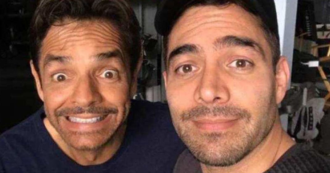 Omar Chaparro y Eugenio Derbez se besan y lo presumen en redes