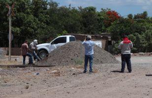 Miembros de la etnia Yaqui liberan la carretera México 15 y vías del tren