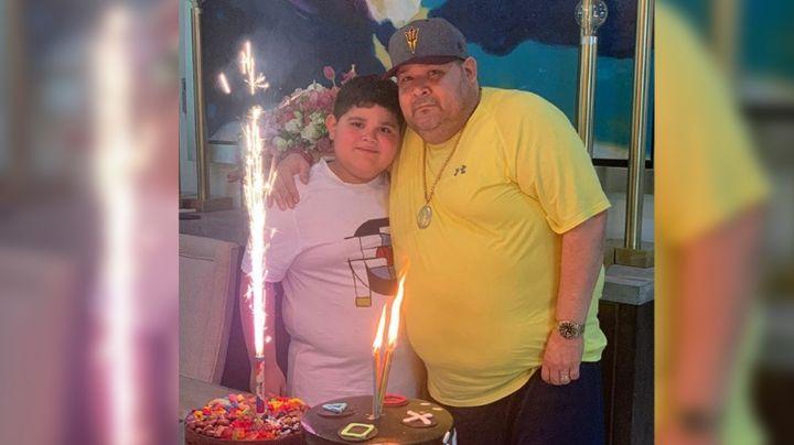 """'El Coyote' celebra el cumpleaños de su hijo y reacciona a las críticas: """"Nadie lo tiene de metiche"""""""
