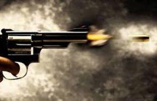 (VIDEO) Hombre dispara a otro por la espalda tras una riña en Iztapalapa