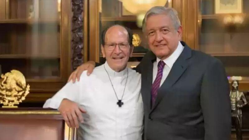 Padre Solalinde reaparece en Twitter y genera críticas por apoyar a AMLO en su viaje