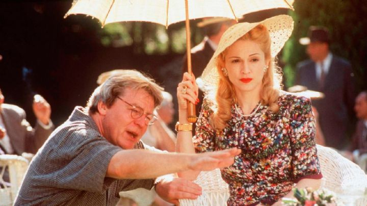 Con un conmover mensaje, Madonna se despide de Alan Parker con quien trabajó en 'Evita'