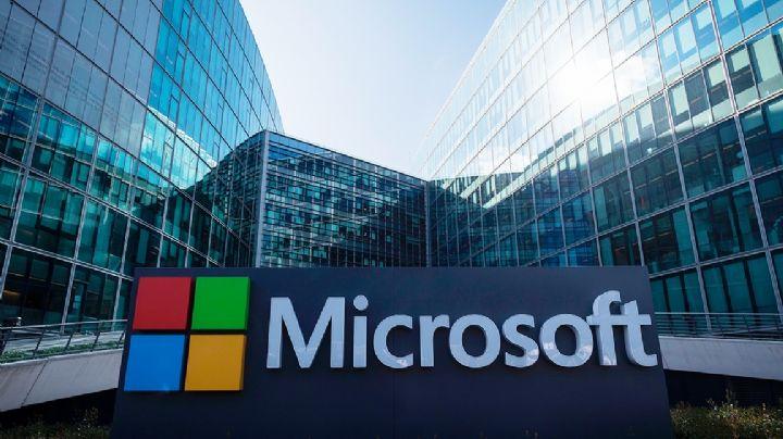 Filtran imágenes del nuevo teléfono de dos pantallas de Microsoft, Surface Duo
