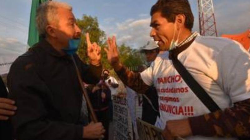 AMLO divide al pueblo: Se enfrentan simpatizantes y opositores en Querétaro