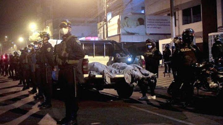 Noche de terror en Perú: Fallecen 13 personas en estampida al huir de la Policía