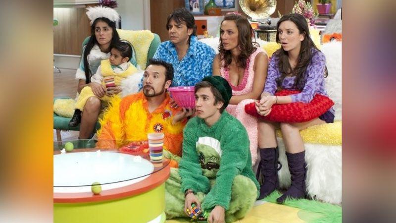 ¡Qué grande está! Polémico encuentro entre Eugenio Derbez y ¿actor de 'La Familia Peluche'?