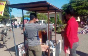 Vendedores ambulantes preparan regreso a labores en Huatabampito