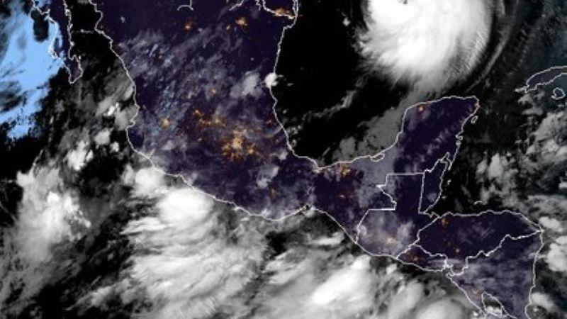 ¡Alerta! Depresión tropical 'Trece E' amenaza costas mexicanas; se convertirá en ciclón
