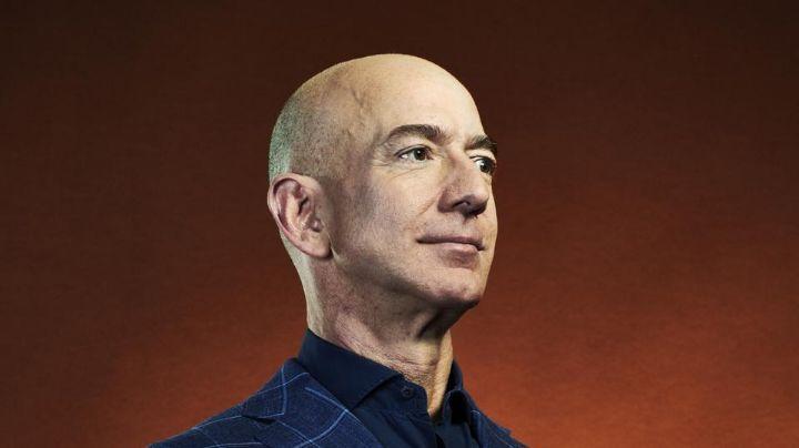 Exuberantemente rico: Jeff Bezos, primera persona en poseer 200 mil millones de dólares