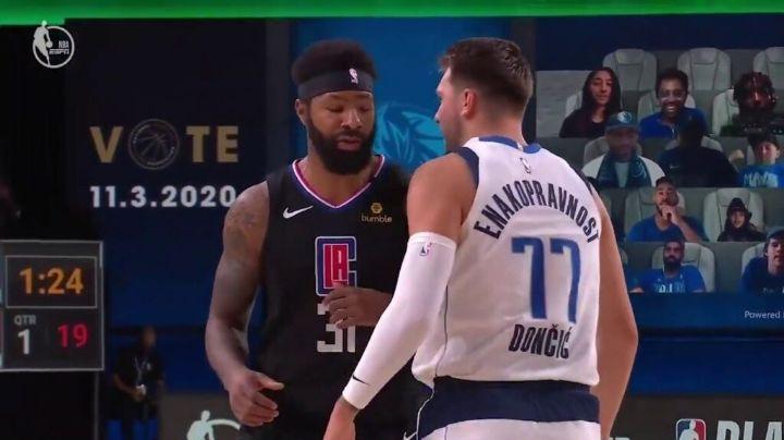 (VIDEO) NBA: Luka Doncic recibe fuerte golpe en la cara y casi desata una pelea