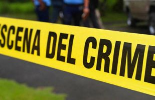 Abandonan cuerpo de un hombre en medio de carretera México-Cuernavaca