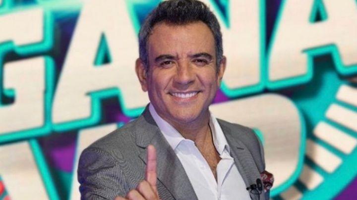Héctor Sandarti se somete a la prueba del Covid-19 en Televisa y explica la razón