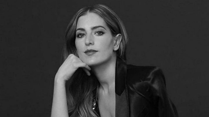 María Inés presume 'look' en el foro de Multimedios y alegra el jueves a sus fans