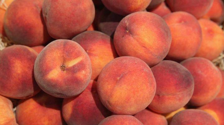 FDA advierte a Cofepris posible brote de salmonella en durazno en México