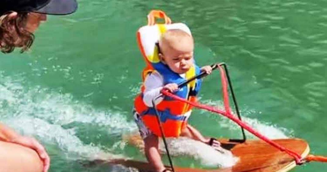 Bebé de 6 meses se hace viral al realizar esquí acuático