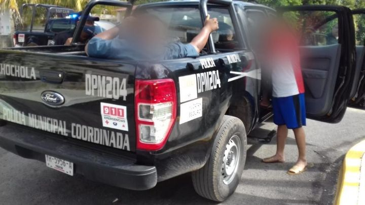 Detienen a policías de Yucatán en estado de ebriedad a bordo de una patrulla