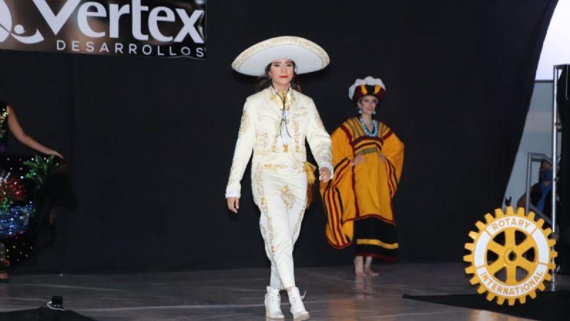 'Amor a la Mexicana' de Club Rotarios se realizó con éxito. Edna Ledinich ganó a Mejor Traje Típico