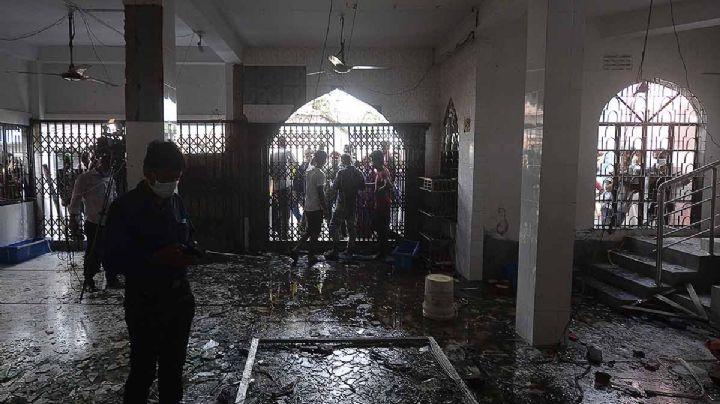Tragedia en Bangladesh: Explosión en mezquita cobra la vida de 16 personas