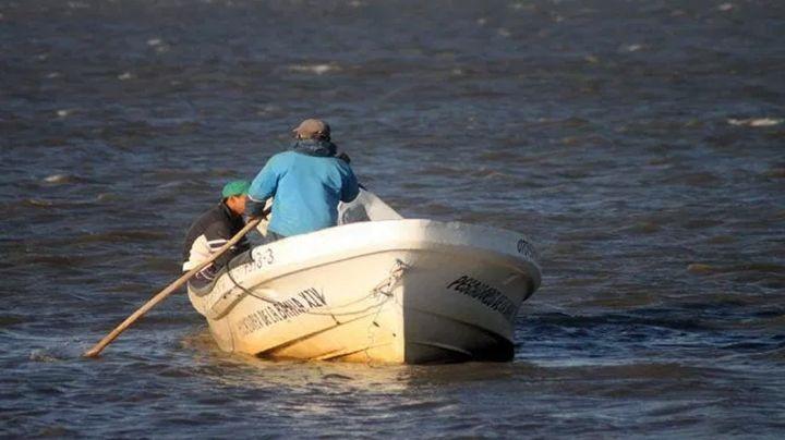 Lancha se hunde en mar de Colima; hay un muerto, un herido y un pescador desaparecido