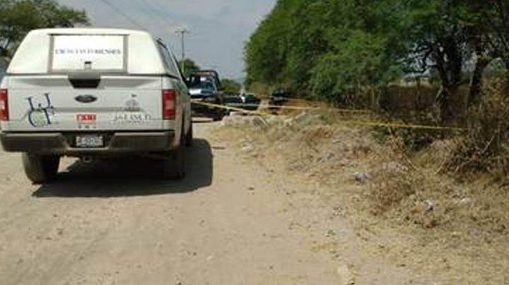 Encuentran diversos restos humanos en terreno baldío en poblado de Tlajomulco