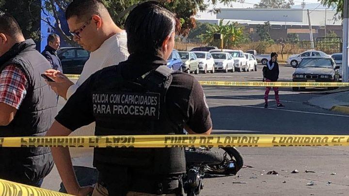 Motociclista muere tras ser atropellado por un transporte público en Zapopan